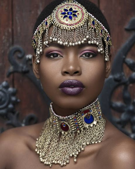 Ancient Egyptian/jeweled African queen look