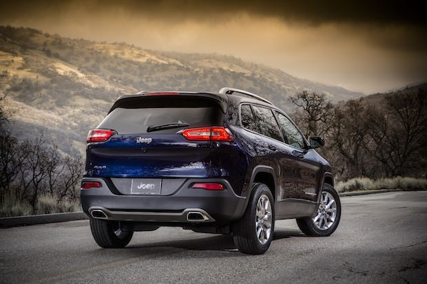 The #2014 #Jeep #Cherokee #Debuts With #31 #MPG #Fuel #Economy and 9-speed #automatic #transmission @TFLcar