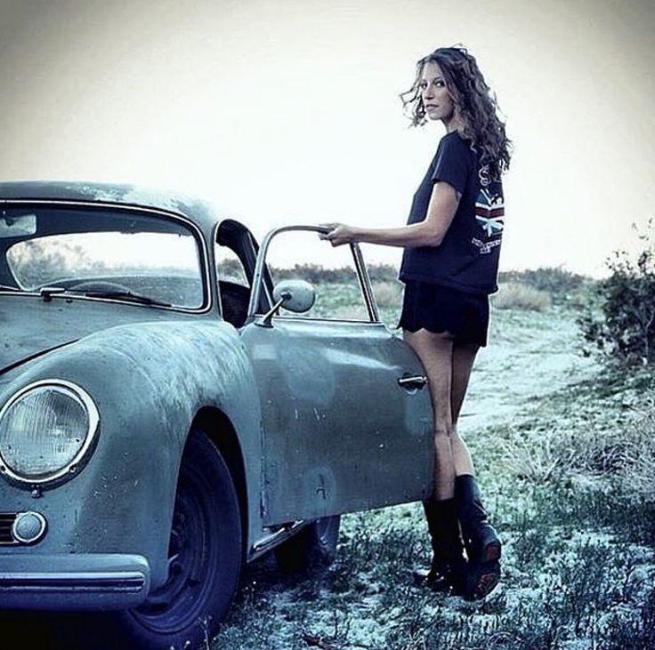 https://i.pinimg.com/736x/2f/88/44/2f8844cdc5b36ed10c43fb3467c56fec--rat-rod-girls-car-girls.jpg