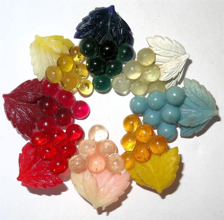 Colorful Vintage Set of Celluloid Grape Buttons Medium 23mm x 18mm Realistics