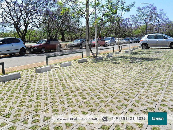 La Obra del Día: Estacionamiento Pabellón Argentina. Producto: Adoquín AC8 Modelo Cribado.