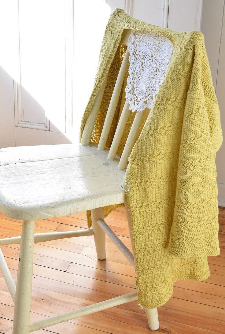 Summer necessity - a lightweight cotton cardi - maddycraft.com