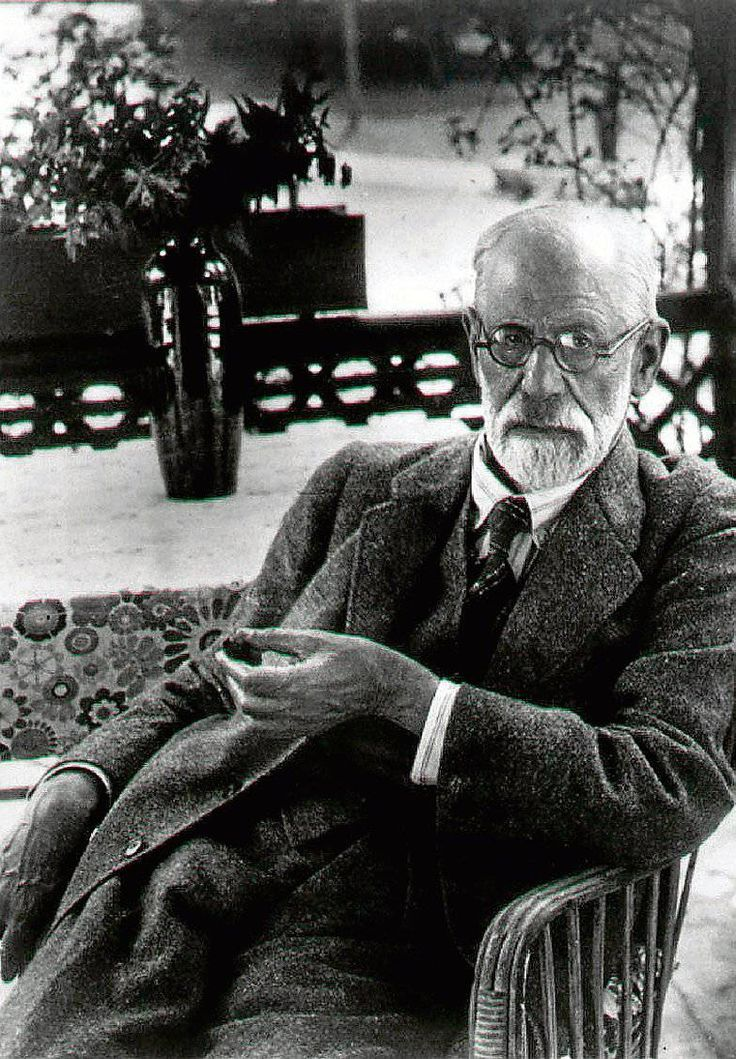a biography of sigmund freud Sigmund freud biography - sigmund freud was born in freiberg, austria on may 6, 1856 freud is mainly associated with neuropsychology he contributed a lot to the field through his.