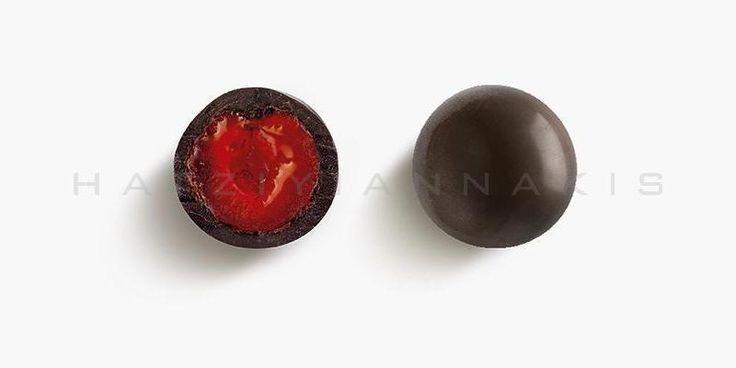 Ολόκληρο σιροπιαστό κεράσι με επικάλυψη σοκολάτας (55% κακάο)Συσκευασία: Κουτί 1 κιλού Αν σας ενδιαφέρει να αποκτήσετε...