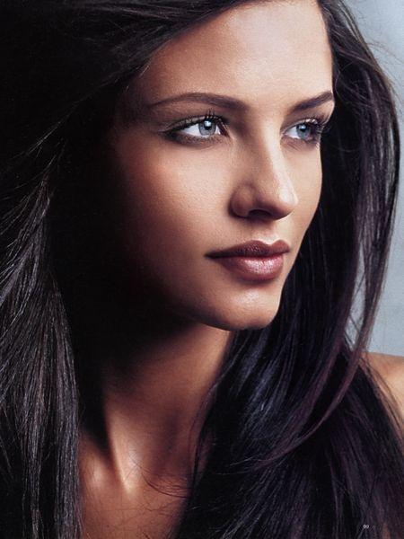 dark brown hair with purple tint | Hair & Makeup | Pinterest