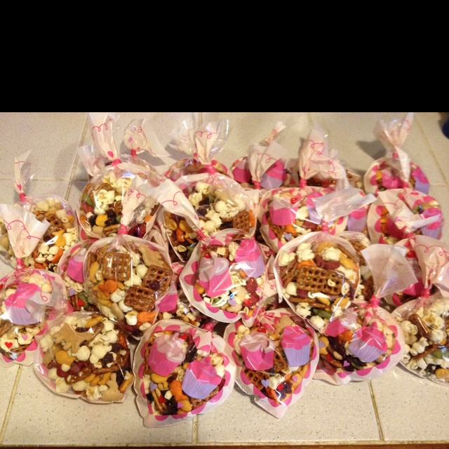 Valentines snack. Pretzels, craisin, popcorn, goldfish, animal crackers