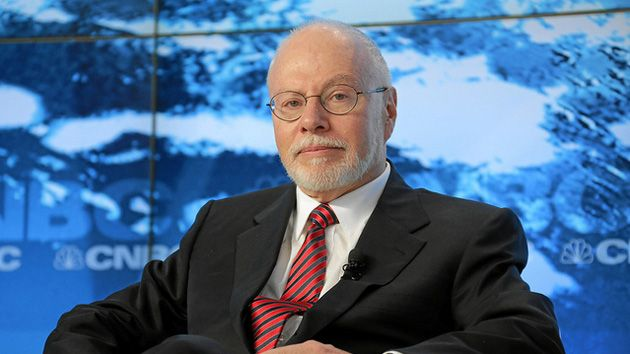 Wall Street money man Paul Singer expands his political machine to GOP women running for Congress.