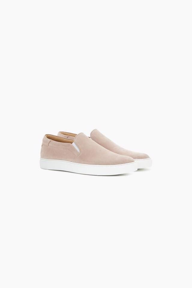 New lovely @Closedofficial shoe collection at #LeMaraisMaastricht #CLOSED #fashion #shopping #Maastricht #shoes #sneakers #pinkshoes