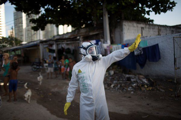 United, American offering refunds for travel to Zika areas
