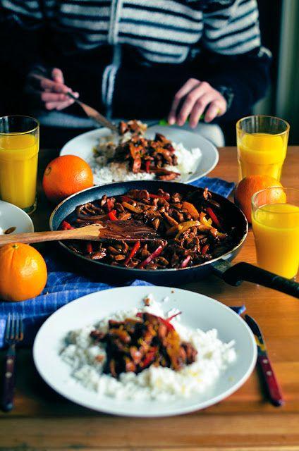 I adore cinnamon- subiektywny blog kulinarny o zapachu cynamonu: Z cyklu poznajemy smaki wschodu: Smażony kurczak w...