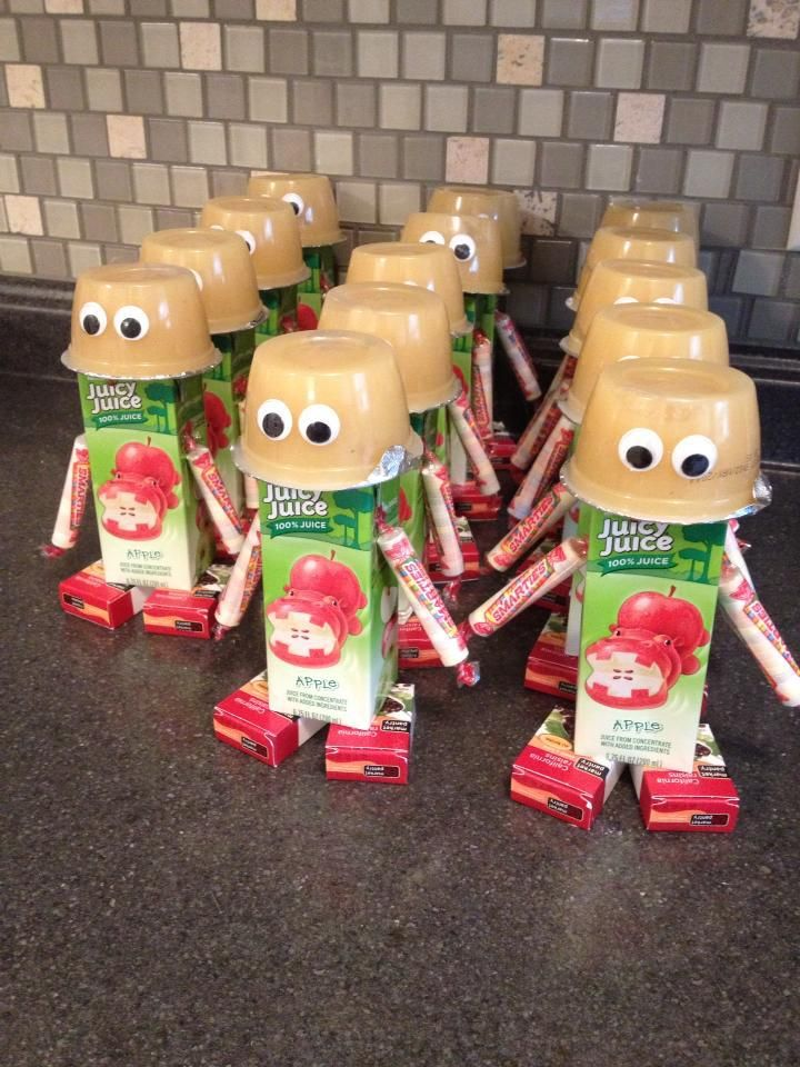 Making these for the kids end of the year party! it is such a cute healthy class snack idea.