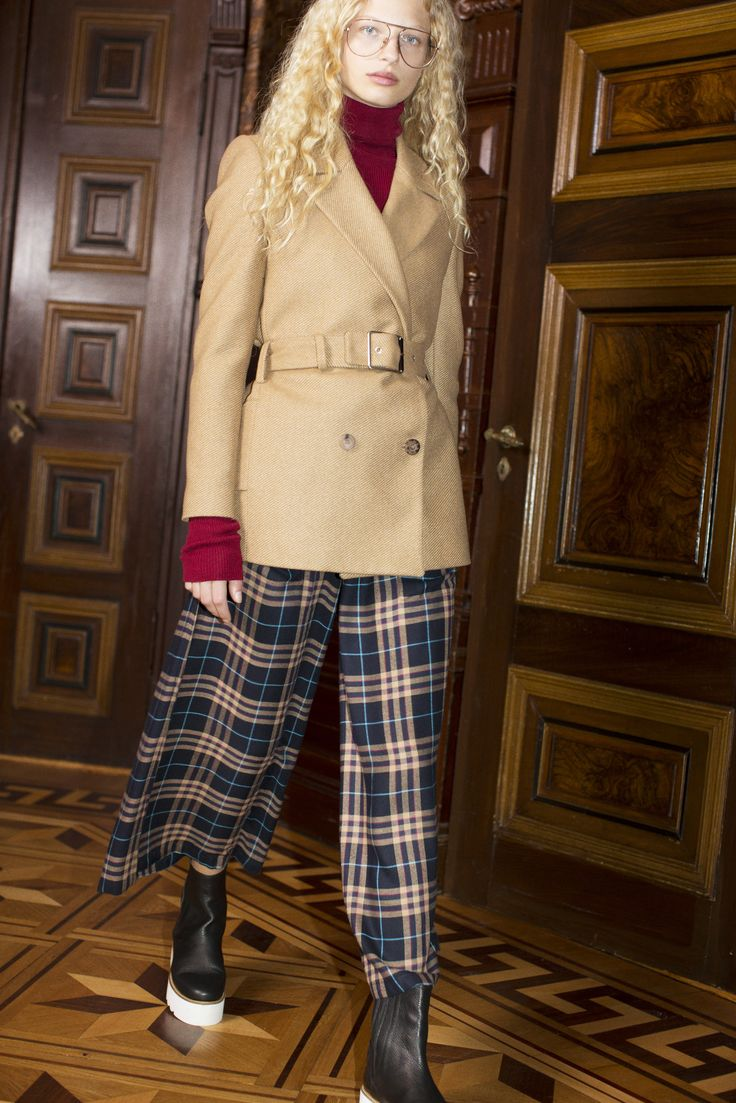 Rodebjer FW16: Top Michele Wine, Jacket Tina Camel, Trousers Idesha Flannel, Shoes Mary Black.