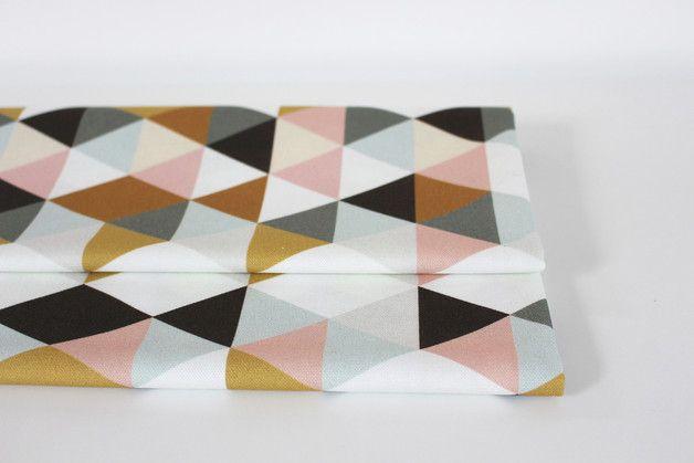 """Stoff grafische Muster - Baumwollstoff """"Dreiecke"""" (Halbpanama) - ein Designerstück von avaundyves bei DaWanda"""