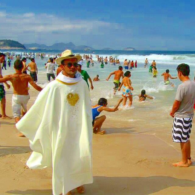 Playa Copacabana, Río de Janeiro, Brasil Foto: Termino de misa envió JMJ Río 2013