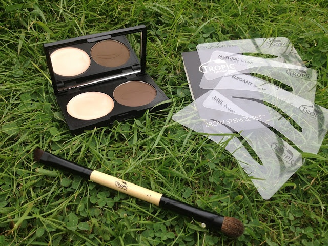 Hobbsessed: Tropic Skincare || Brow Kit