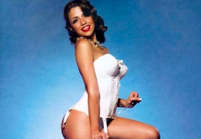 Cuban Model Vida Guerra Just Dropped Two IG Videos And Her Butt Is The Main Character http://ift.tt/2jhk7vW