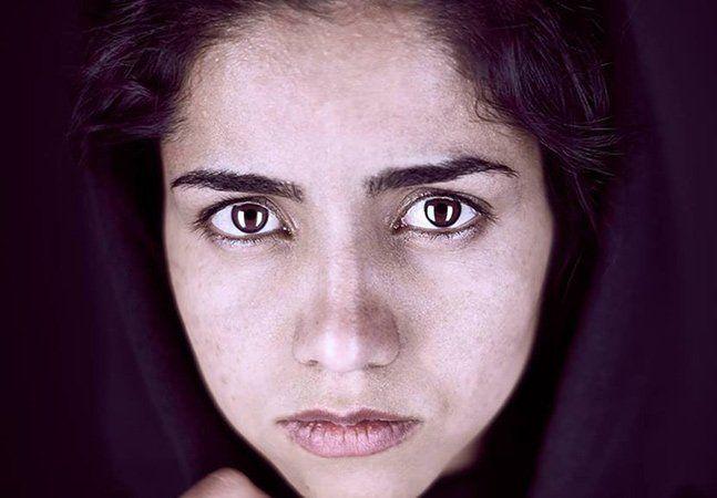Quando Sonita Alizadeh tinha 16 anos, seus pais já haviam tentado vendê-la duas vezes. Na época, a menina estava vivendo com sua família no Afeganistão, onde o costume de casamento infantil forçado ainda é comum. Entretanto, ela conseguiu se livrar deste terrível destino por duas vezes, a ocasião mais recente ela teve uma ajuda inusitada: o rap. Sonita descobriu a música rap quando estava vivendo como refugiada no Irã. Sua família havia fugido do Afeganistão controlado pelo Talibã, mas sem…