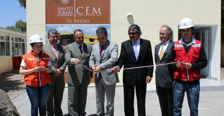 Santo Tomás inauguró un moderno Centro de Entrenamiento Minero en Copiapó http://www.revistatecnicosmineros.com/noticias/santo-tomas-inauguro-un-moderno-centro-de-entrenamiento-minero-en-copiapo