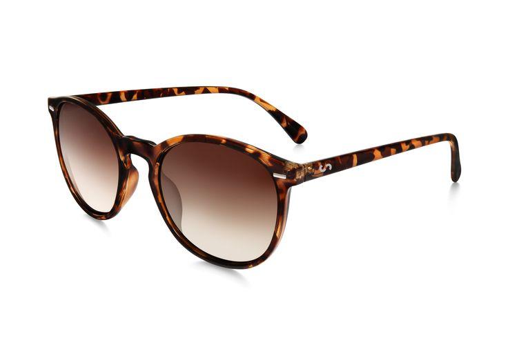 Occhiali da sole polarizzati:  FLASH / TORTOISE di Slash Sunglasses  http://www.slashsunglasses.com/shop/flash/flash-tartaruga-marrone-marrone.html