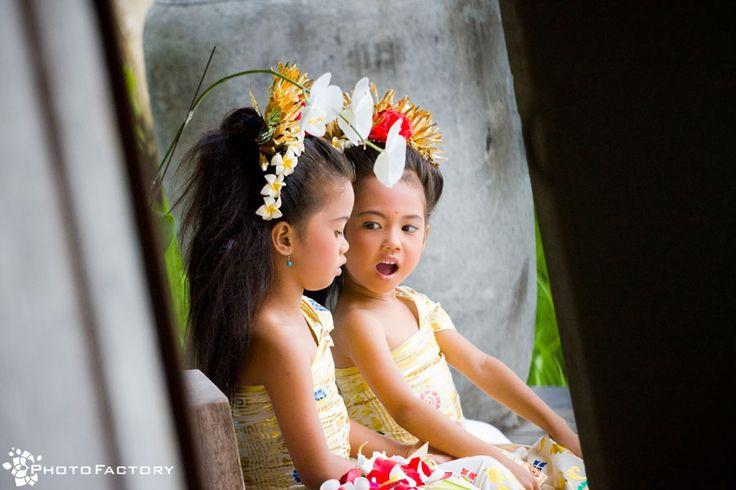 Balinese little flower girls