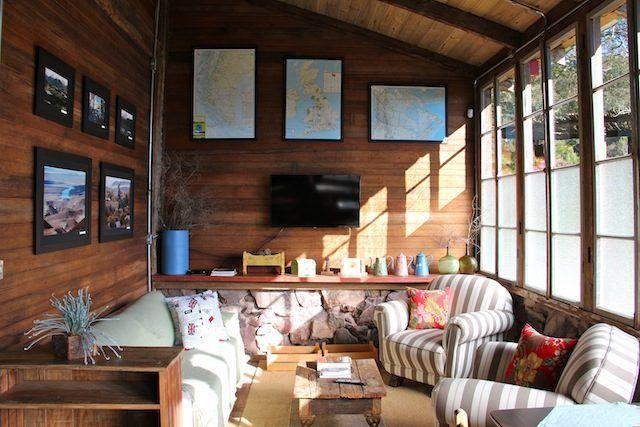O paraíso dos morangos na serra gaíucha no interior de #CaxiasdoSul (RS) com hospedagem e bar-restaurante. Leia em: http://www.cafeviagem.com/rio-do-vento-barlavento-caxias-do-sul/