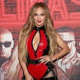 Jennifer Lopez Looks Eternally Hot Because of These Workout and Diet Habits
