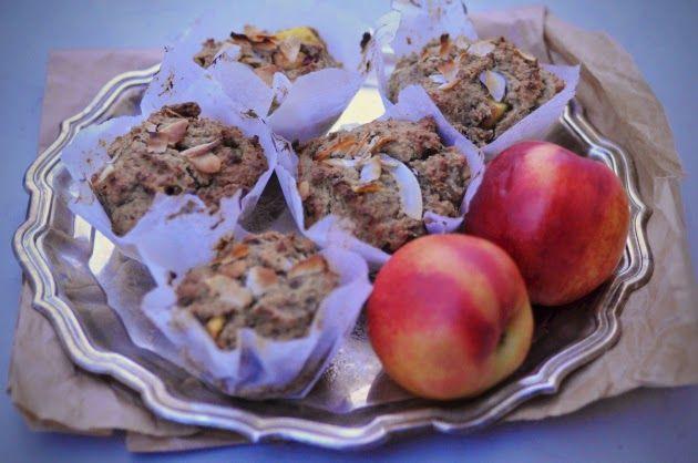 Healthy peachmuffins