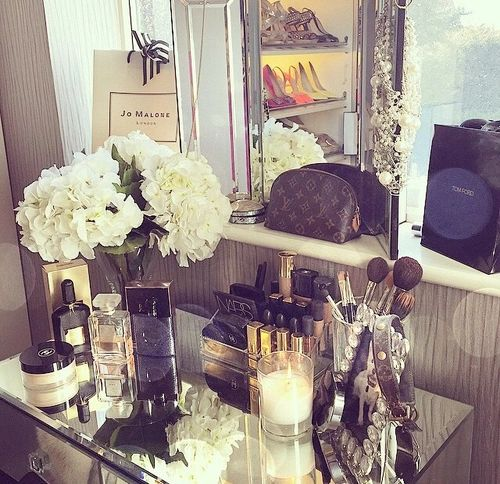 Luxury | Tumblr On We Heart It | Beauty | Pinterest | Diy Makeup Beauty Room And Makeup Drawing