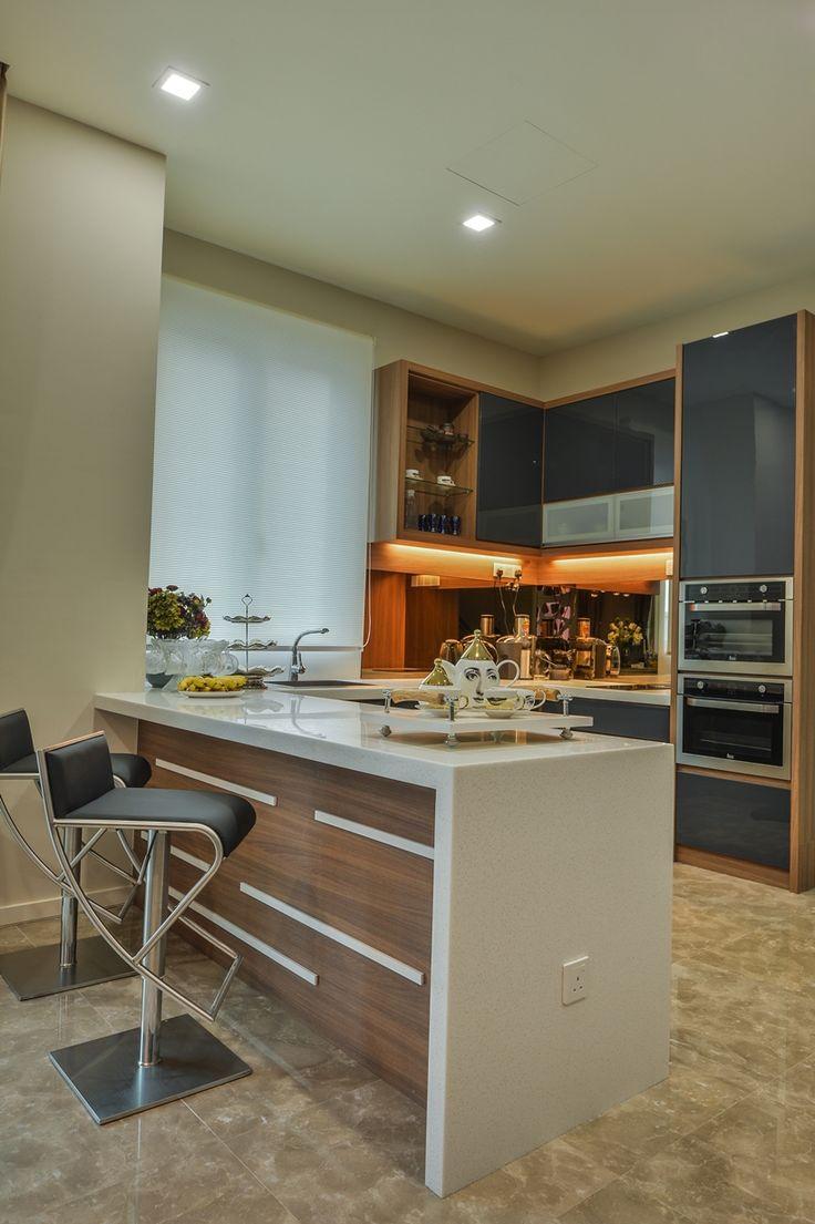 Stylish Dry Kitchen Interior Design By Moonlit Inspiration