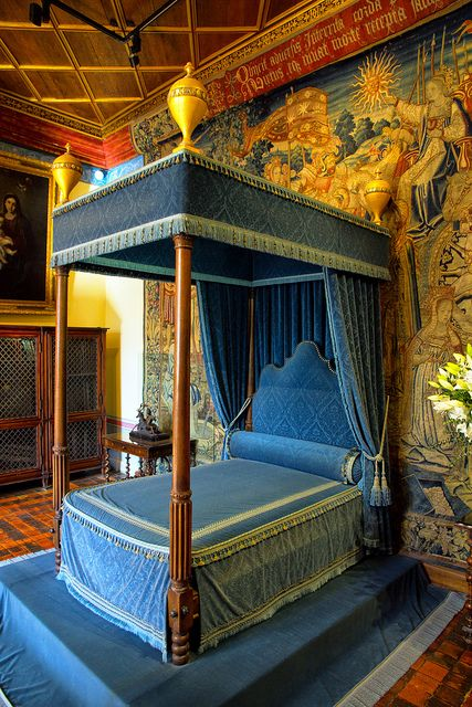 Château de Chenonceau, France. Bedroom of Diane de Poitiers, Chateau Chenonceau. Diana was the favorite mistress of King Henry II of France and inherited Chenonceau upon his death.