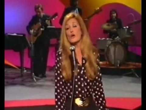 Dalida live Samedi Varietes1972 suisse split2.flv