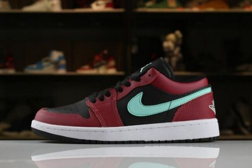 watch 75a90 f1d65 Mens and Womens Air Jordan 1 Low Black Green Pulse-Gym Red-White 553558
