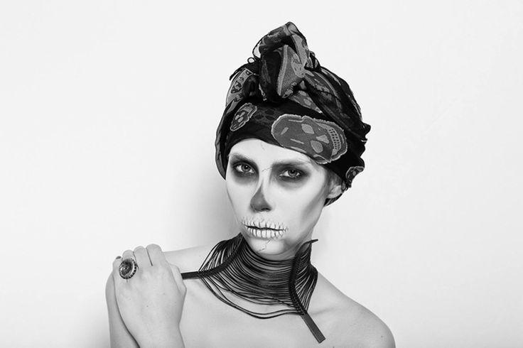 gTIE Neckwear&Accessories // Unique leather neck corset // photo: Diana Luganski