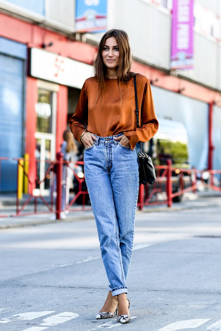 cool Женские джинсы 2016 года — Модные тенденции, фасоны и сочетания (50 фото) Читай больше http://avrorra.com/zhenskie-dzhinsy-modnye-tendencii-foto/