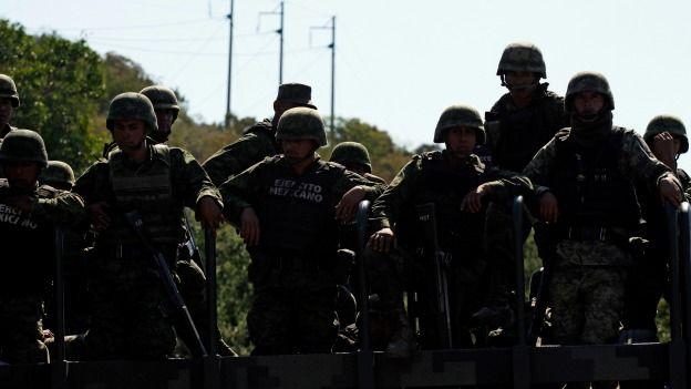 """Soldados mexicanos. Foto Getty Images. AI: denuncias por tortura """"aumentaron 600% en México"""""""