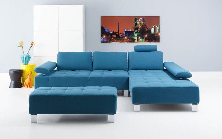 Hoekbank Alvin is een stijlvol zitmeubel met lichtblauwe stoffering #Goossens wonen & slapen #woonstijl #modern
