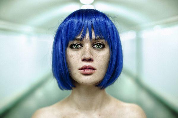 Portraits by David Terrazas, via Behance: David Terraza, Theworldofphotograph Com, Blue Bobs, Beautiful Portraits, Blue Hair, Portraits Photography, Wood Ceilings, Eye, Feelings Blue