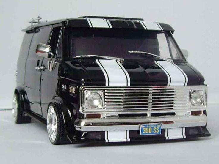 van models | Chevrolet Van black Highway 61 1/18