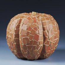 Terra Cotta Mosaic Pumpkin: Make A Mosaics Pumpkin, Pumpkin Crafts, Decor Ideas, Terra Cotta, Terracotta Can, Decorating Ideas, Flower Pots, Fall Decorating, Cotta Mosaics