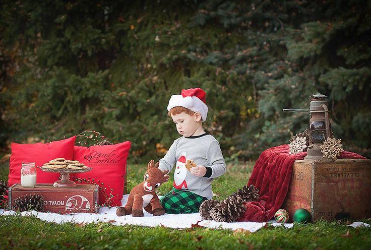 holiday mini session - cookies and milk Christmas child photography shoot - holiday pajamas