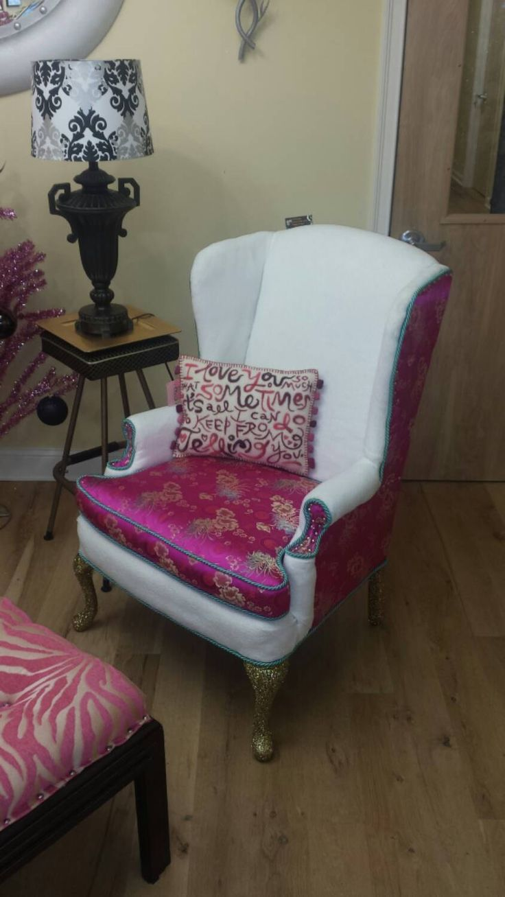 Queen Anne Style Living Room Furniture 17 Best Images About Counseling Chairs On Pinterest Upholstery