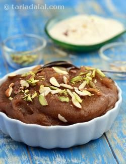 A pleasant recipe to woo your sweet tooth, this sheera of waterchestnut flour is definitely worth a try.
