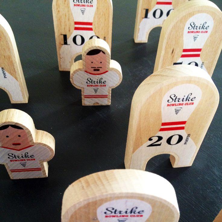 We started preparing Christmas! Bowling Club for children with RouleTaBille® - NEW POST BLOG - @RouleTaBille #kidsactivities #billes #noel #kids #children #graphic #design #wooden #enfants
