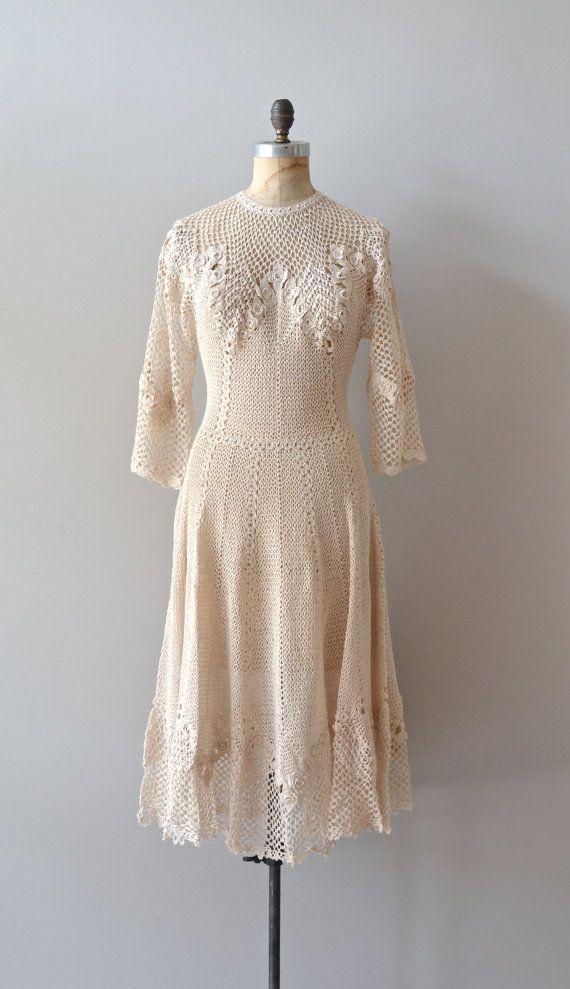 1970s crochet dress / 70s knit dress / Hejira dress