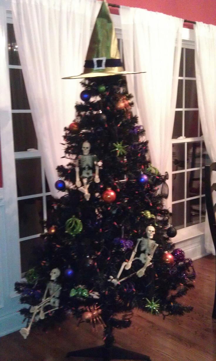 cfox00 (james_d_fox) on Pinterest - halloween tree decoration