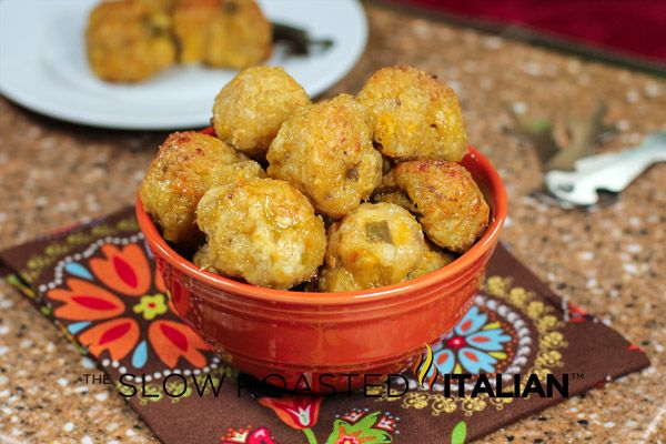 Green Chile and Cheese Sausage Poppers