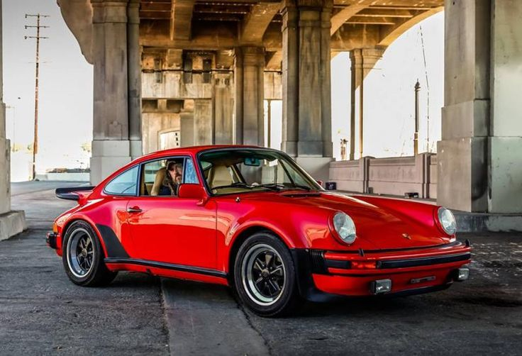 DLEDMV Porsche 930 Magnus Walker 02 Plus