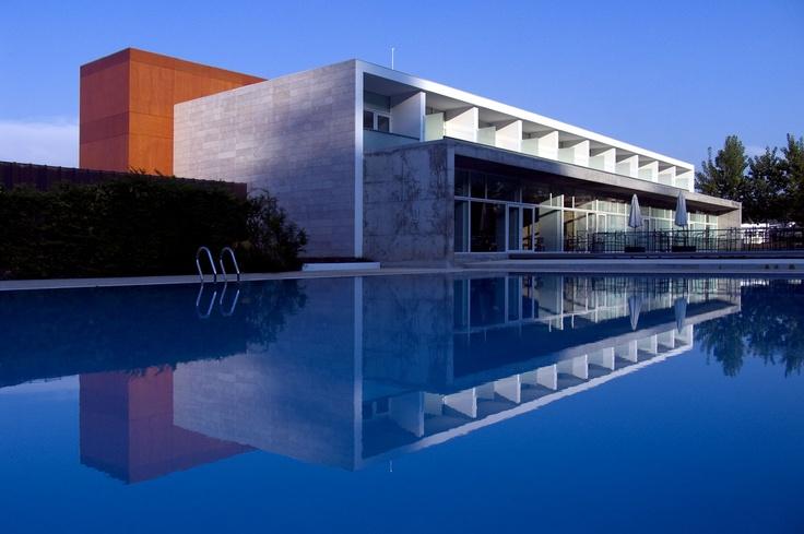 The spa wing, designed by Gonçalo Byrne, Quinta das Lagrimas, Coimbra, Centro de Portugal, Portugal
