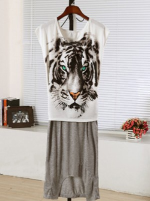 White And Grey Round Neck Short Sleeve Tiger Print Dress