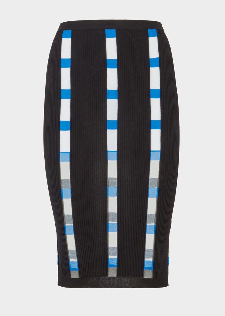 Jupe tricot Intarsia color-block - Versace Femme | Boutique en Ligne France. Jupe tricot Intarsia color-block de la Collection Versce Femme. Jupe crayon stretch en viscose à rayures intarsia effets color-block et à fils transparents créant des lignes verticales.